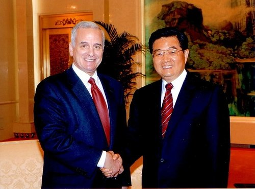 Mark Dayton with Chinese premier Hu Jintao