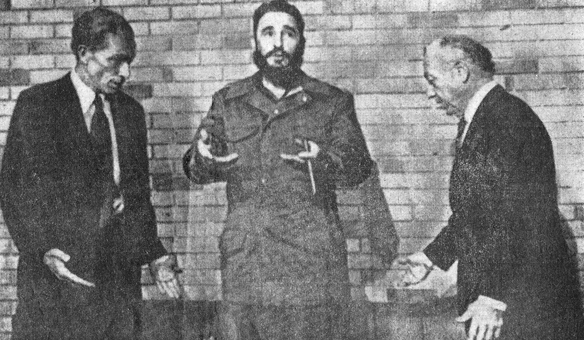 Claiborne Pell and Jacob Javits, with Castro, Sep. 74