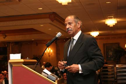 Conyers speaks at the 8th Annual Dinner